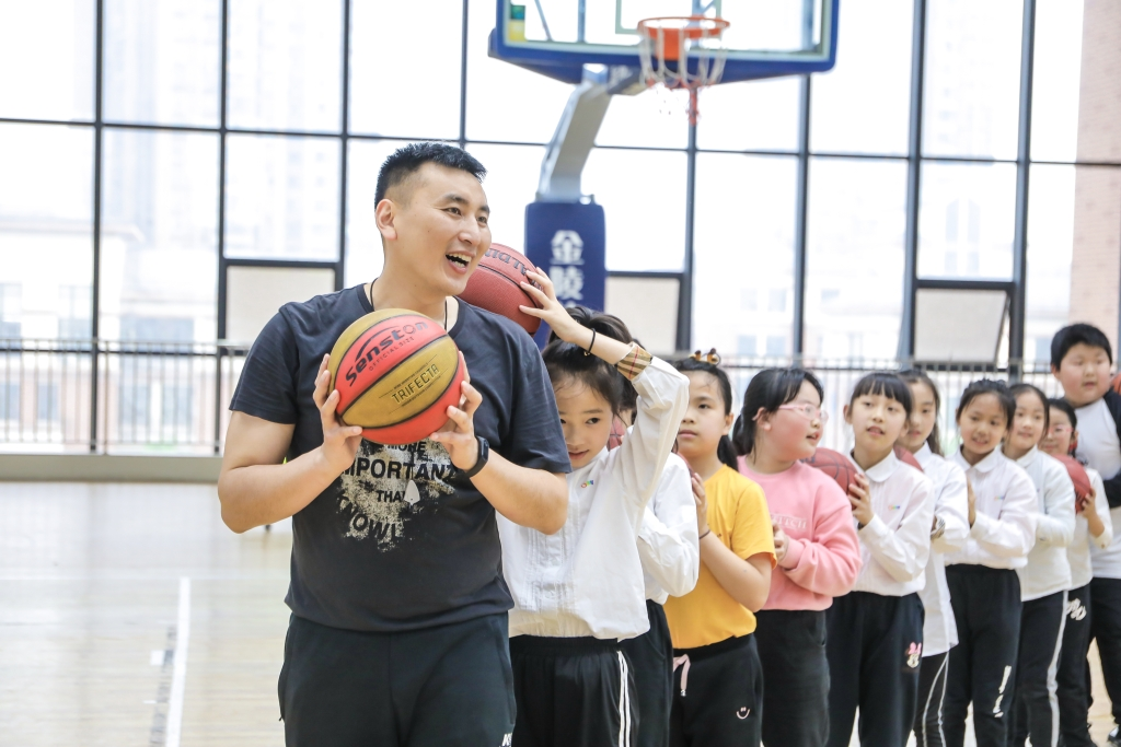 体育课学校供图 华龙网发